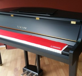 YAMAHA DGP1 GRAND PIANO